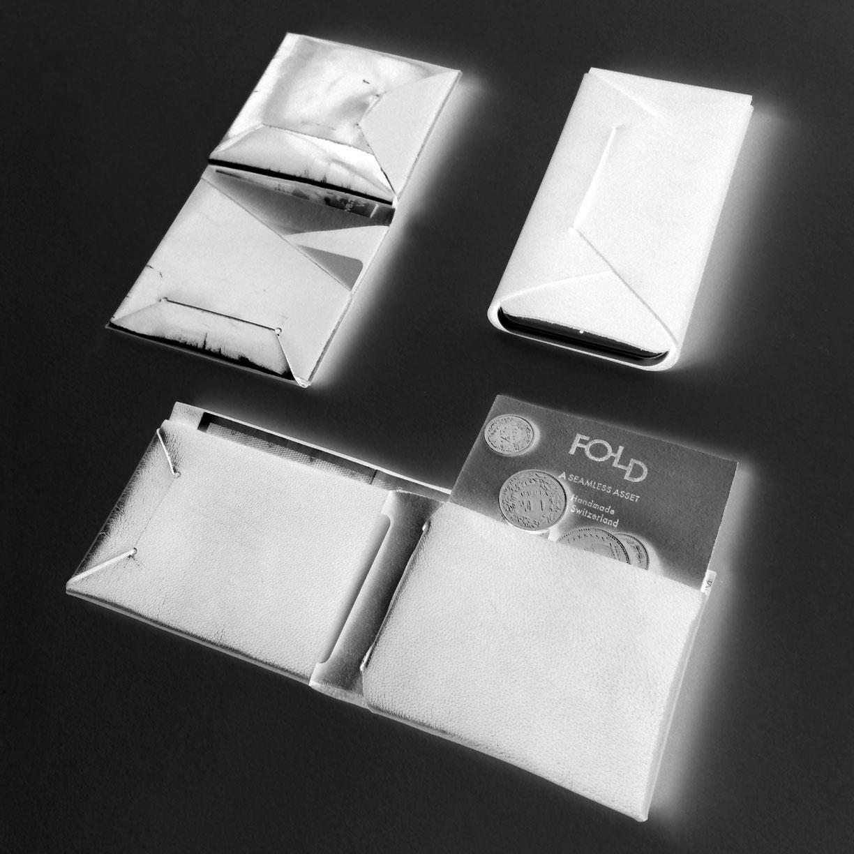 fold-title